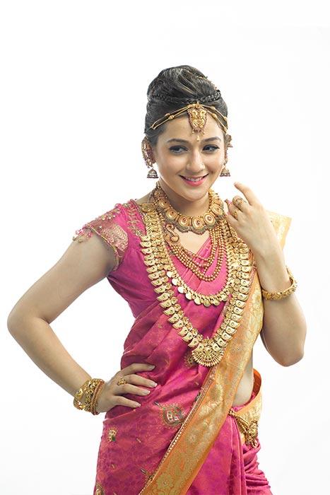 Shop Wedding Gold Jewellery Sets Online Bridal Jewellery